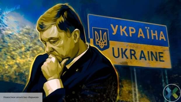 Порошенко вернулся на Украину до закрытия границ и нагрубил журналистам