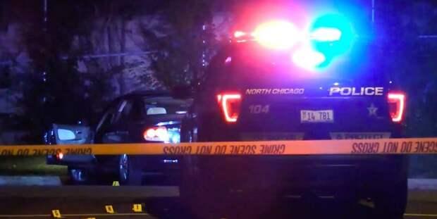 Двое полицейских в Чикаго пытались задержать вооруженного мужчину: все трое госпитализированы с огнестрельными ранениями - ТЕЛЕГРАФ