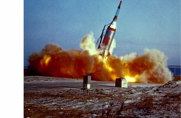 1960. Запуск ракеты «Литл Джо» (англ. Little Joe) 21 января