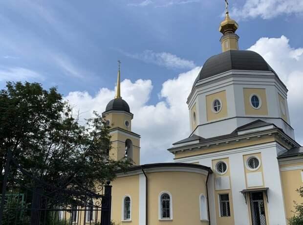 В храм в Черкизове можно передать еду для бездомных