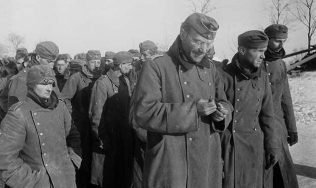 «Война в России — это не то, что на западе. Во Франции мы потеряли двух человек, а здесь — всех»: немецкие солдаты о войне в СССР