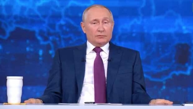 Уйдет ли ковид и чем привился Путин. Что президент говорил на прямой линии о пандемии