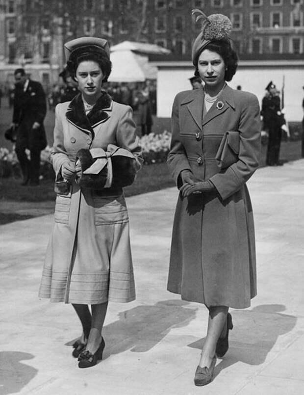 Принцесса Маргарет и Елизавета II