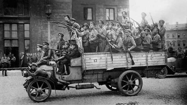 Дворцовая площадь 1917/2017 время, история, люди, прошлое, революция, событие