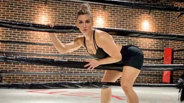 UFC расторг контракт с Александрой Албу — одной из главных красавиц промоушена