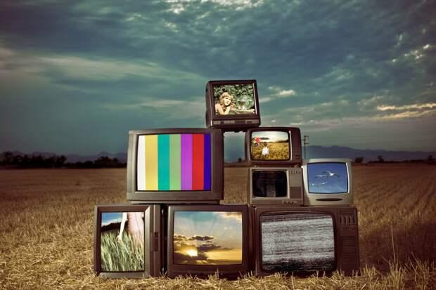 Сатановский : Одна эта птица-тройка нашего телеэфира останется.