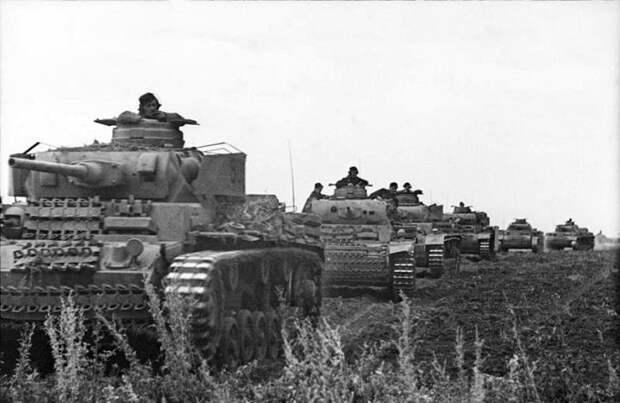Почему Гитлер хотел остановить войну после Курской битвы