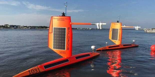 Ученые смогли увидеть, что происходит внутри морского урагана с помощью плавучего дрона (видео)
