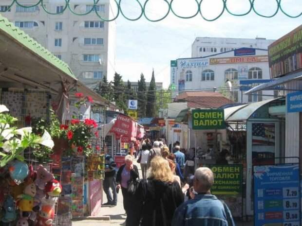 Часть НТО на «Сталинградском» рынке расположены на незаконных основаниях