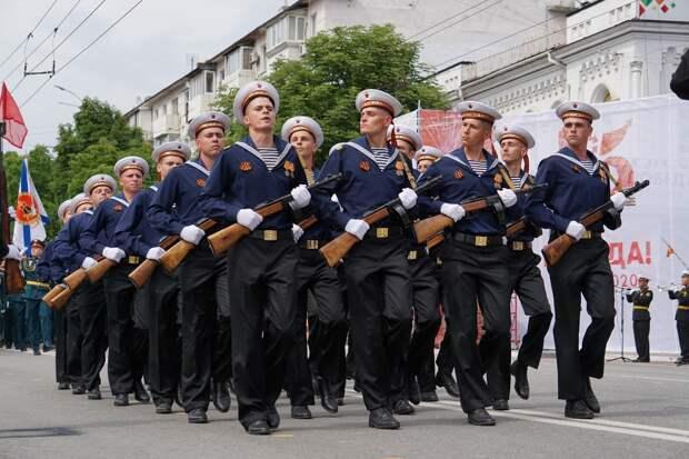 9 мая военные парады пройдут в Керчи, Севастополе и Симферополе