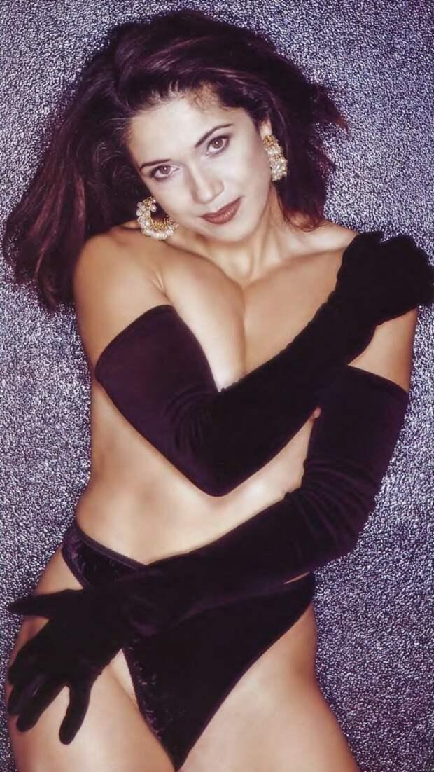 Чемпионка мира и популярная телеведущей спортивных передач 90-ых Иоланда Чен в откровенной фотосессии 1996 года.