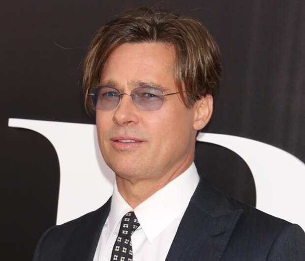 Анджелина Джоли в шоке от измены мужа: у Брэда Питта есть внебрачные дети