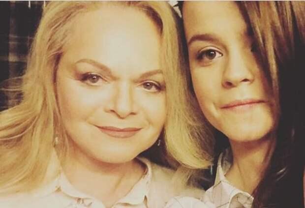 """Дочь Ларисы Долиной прокомментировала скандальный выпуск """"Музыкалити"""": """"Я была в шоке"""""""