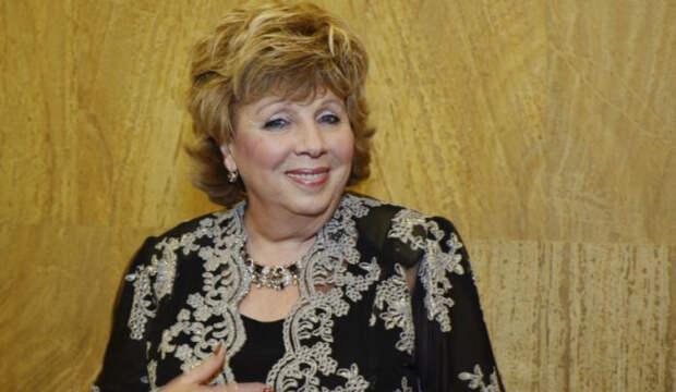 Лариса Рубальская дала совет жалующимся на безденежье звездам