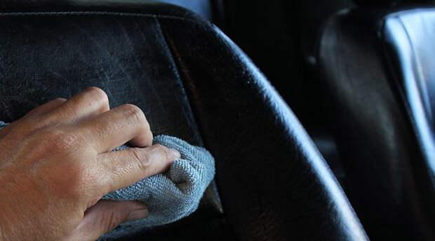 Чистим салон авто: 7 простых лайфхаков
