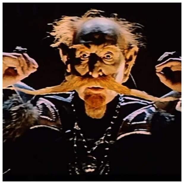 Кто скрывался под маской Картауса в сказке «Финист - Ясный сокол»
