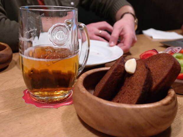 """В России призвали запретить чешское пиво: """"Очухаются и перевоспитаются"""""""