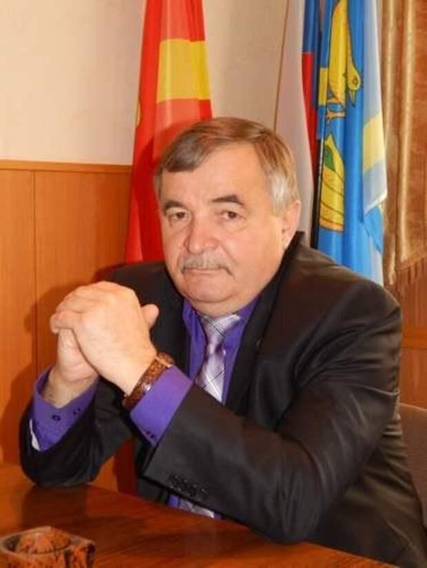 Глава района в Челябинской области скончался от коронавирусной пневмонии