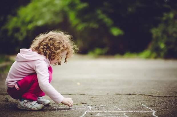 «Не кричать, а уходить». Правила детской безопасности