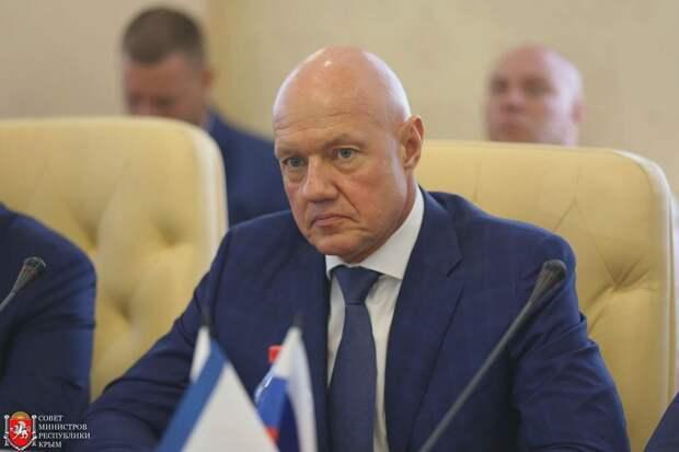 Следком предъявил обвинение бывшему вице-премьеру Крыма Нахлупину