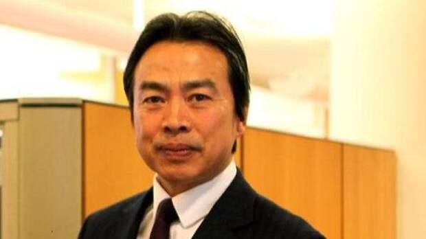 Ду Вэй, посол Китая в Израиле. Умер 17 мая 2020 года