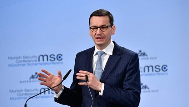 Варшава раскритиковала политикуЕС вотношении беженцев