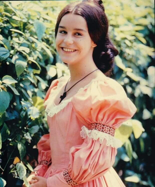 Луселия Сантус в сериале «Рабыня Изаура». Фото: кадр из сериала