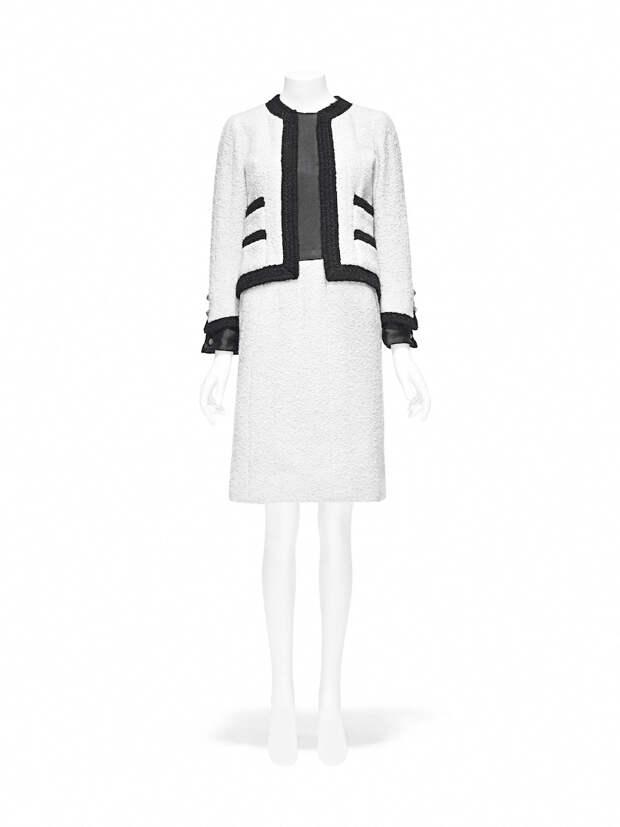 Твидовый костюм Chanel из коллекции