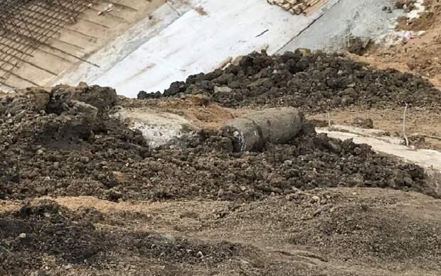 Снаряд времён ВОВ, найденный на стройке. Фото: Mos.ru