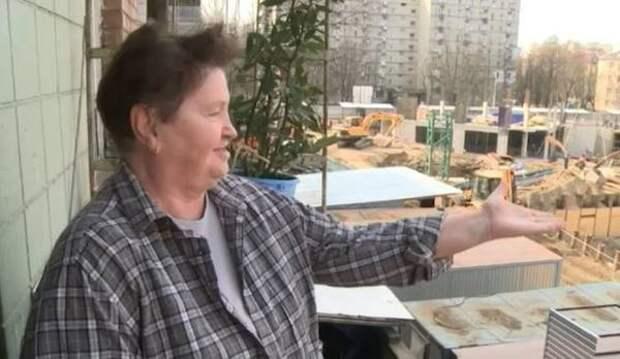 Жители домов на Свердлова жалуются на постоянный шум стройки по соседству
