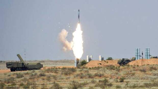 «SANA»: сирийские С-300 впервые успешно сбили израильские ракеты