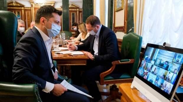 Зеленский вымолил разговор с Байденом