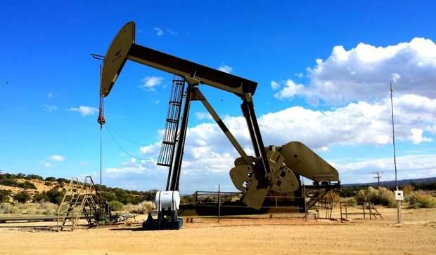 В хранилищах почти исчерпались избыточные запасы нефти, накопленные в период пандемии