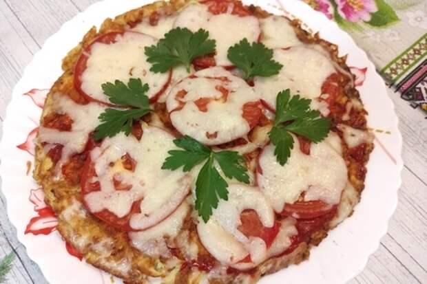 Фото к рецепту: Пицца из кабачков на сковороде