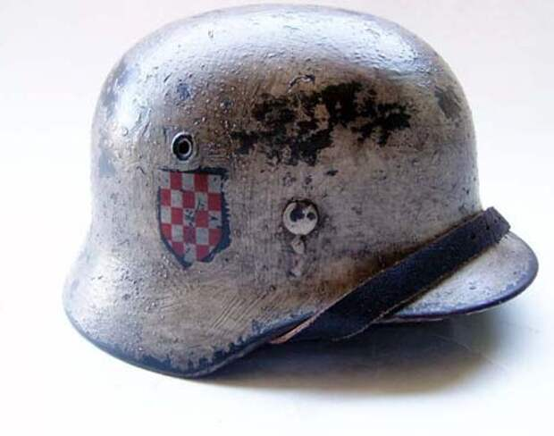 Хорваты, венгры, итальянцы, испанцы. Транзитом через Львов. 1942 г.