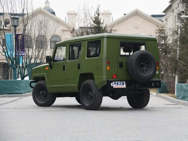 """""""Помесь Хаммера и Джипа"""" - на чём ездят китайские военные - BAW BJ2022 Brave Warrior"""