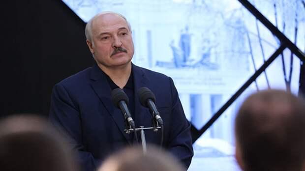 Лукашенко возвращается в Минск после переговоров с Путиным