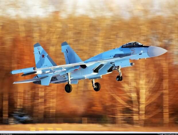 Истребитель пятого поколения Су-57 возглавит «Стаю» Су-35