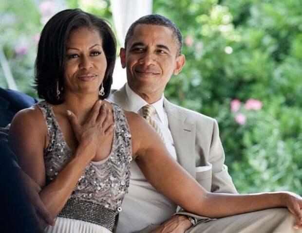 Барак и Мишель Обама отпраздновали годовщину: чем сейчас занимаются экс-президент и его First Lady?