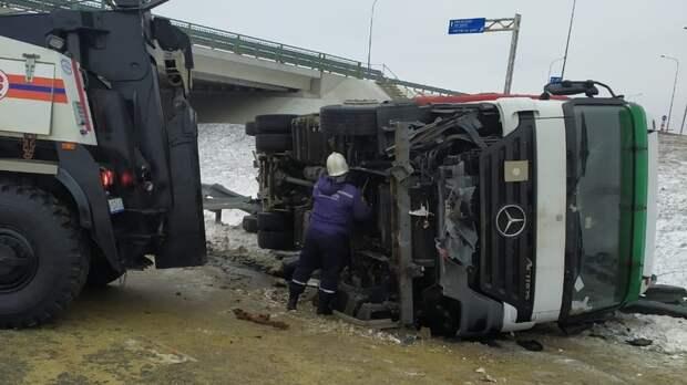 Три аварии задень произошло наМ-4 «Дон» вРостовской области из-за непогоды