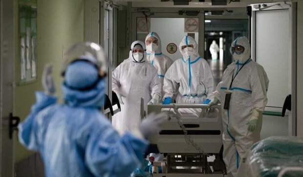 Инфекционист обозначил пик пандемии коронавируса в России