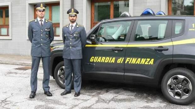 Итальянец 15 прогуливал работу и получил 500 тысяч евро