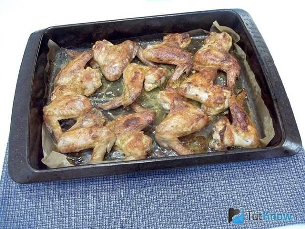 Крылышки в духовке в маринаде