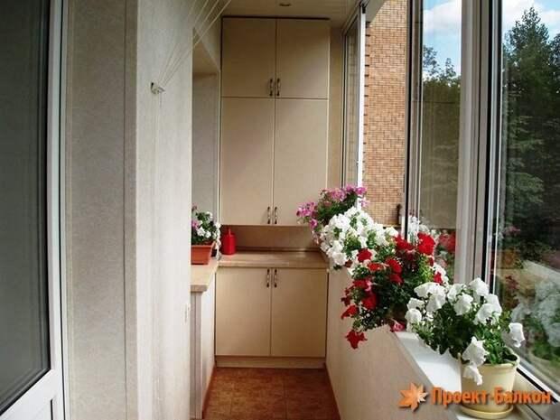 Отличные идеи шкафчиков для балкона