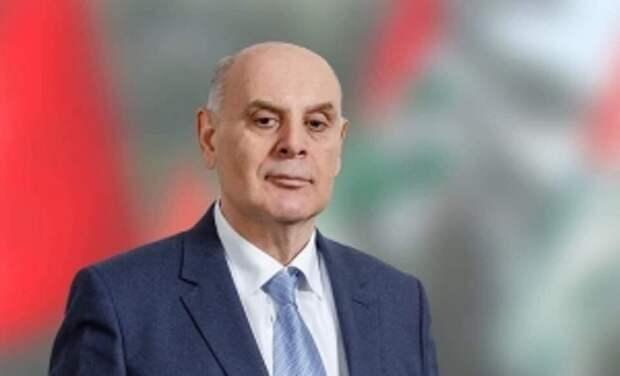 Президент Абхазии улетел вМоскву