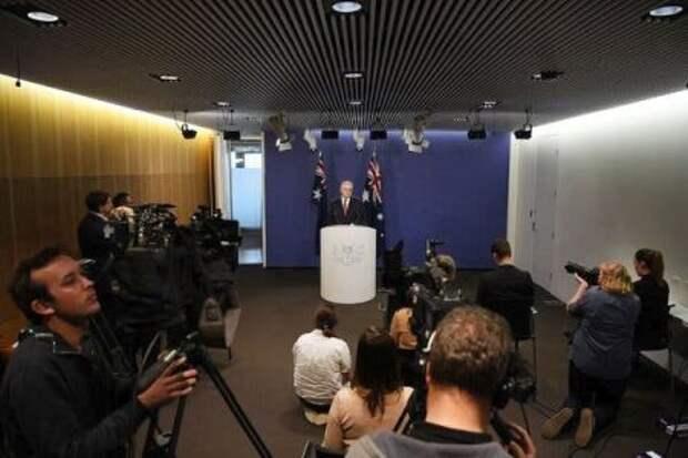 Премьер-министр Скотт Моррисон и другие консервативные политики в Австралии тесно связаны с влиятельными медиакомпаниями, которые годами добивались компенсации от технологических платформ