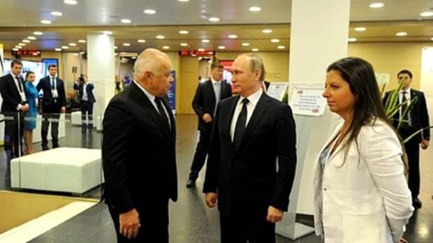 """Не послание, а """"бескровная революция"""": Симоньян оценила выступление Путина"""