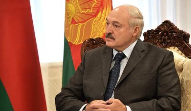 Советник Путина призвал прекратить поддержку Лукашенко: Он хочет жить за счет России