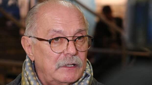 Вдова Алексея Баталова отвергла помощь Никиты Михалкова в конфликте с Цивиным и Дрожжиной