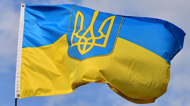 Посол предложил Западу задуматься о ядерном статусе Украины